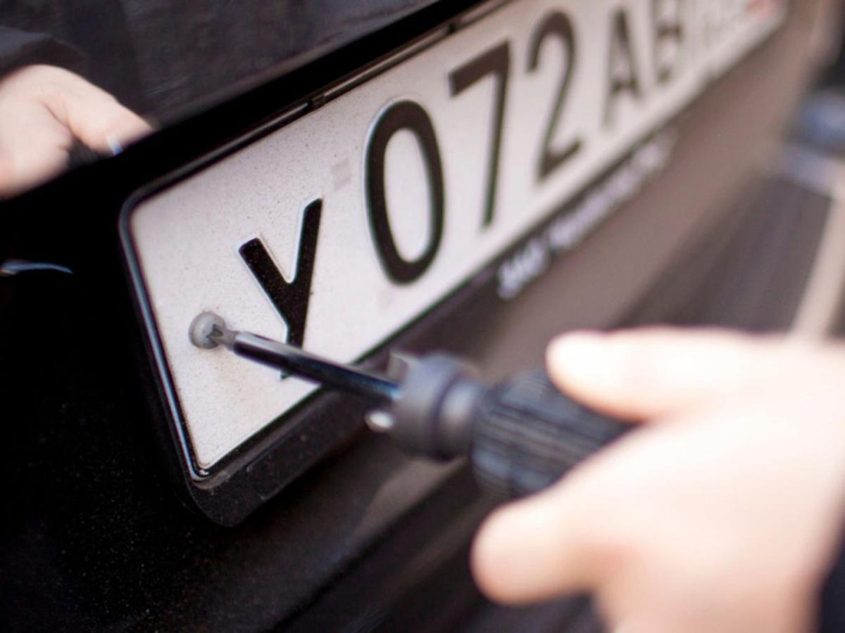 Автовладельцев обяжут получать номера по прописке